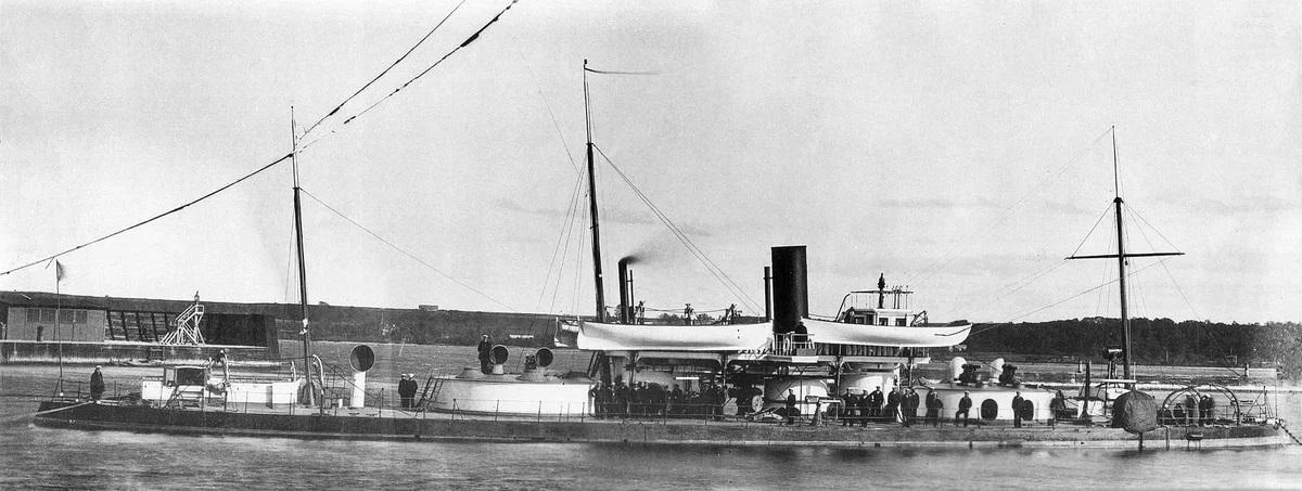 Бронированная лодка с двумя башнями «чародейка»