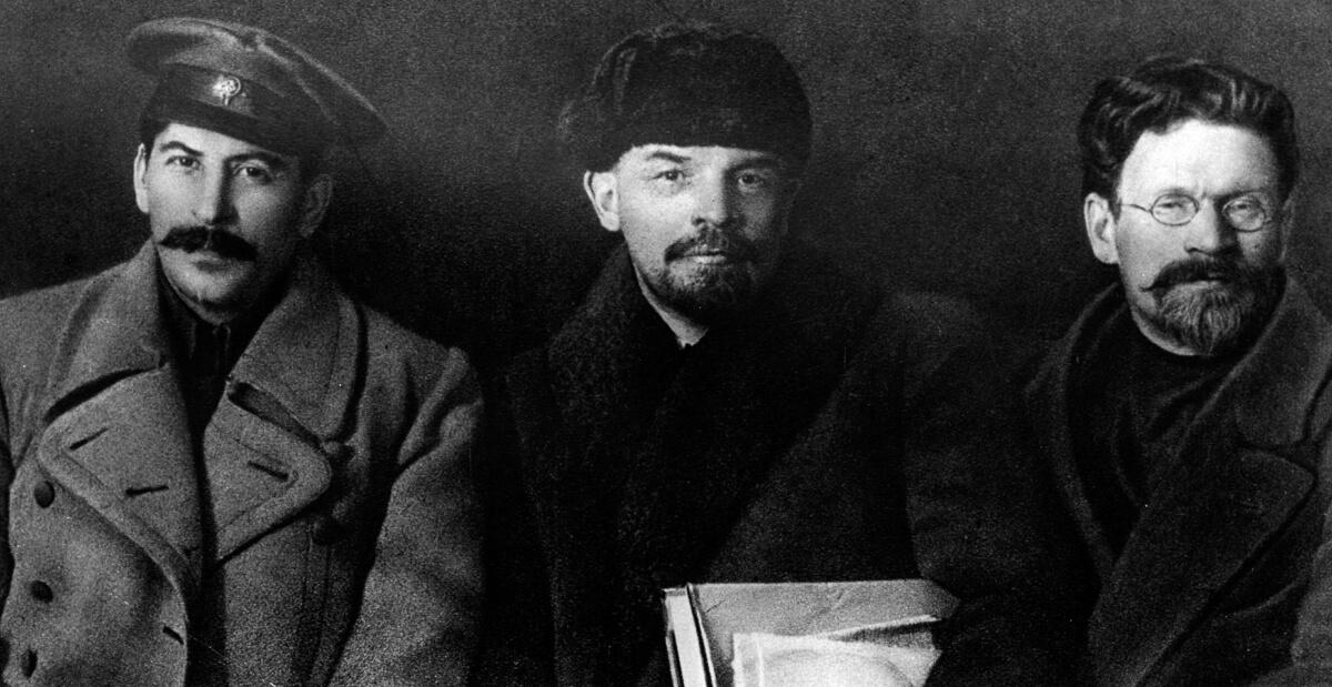 Иосиф Сталин, Владимир Ленин и Михаил Калинин в 1919 году.
