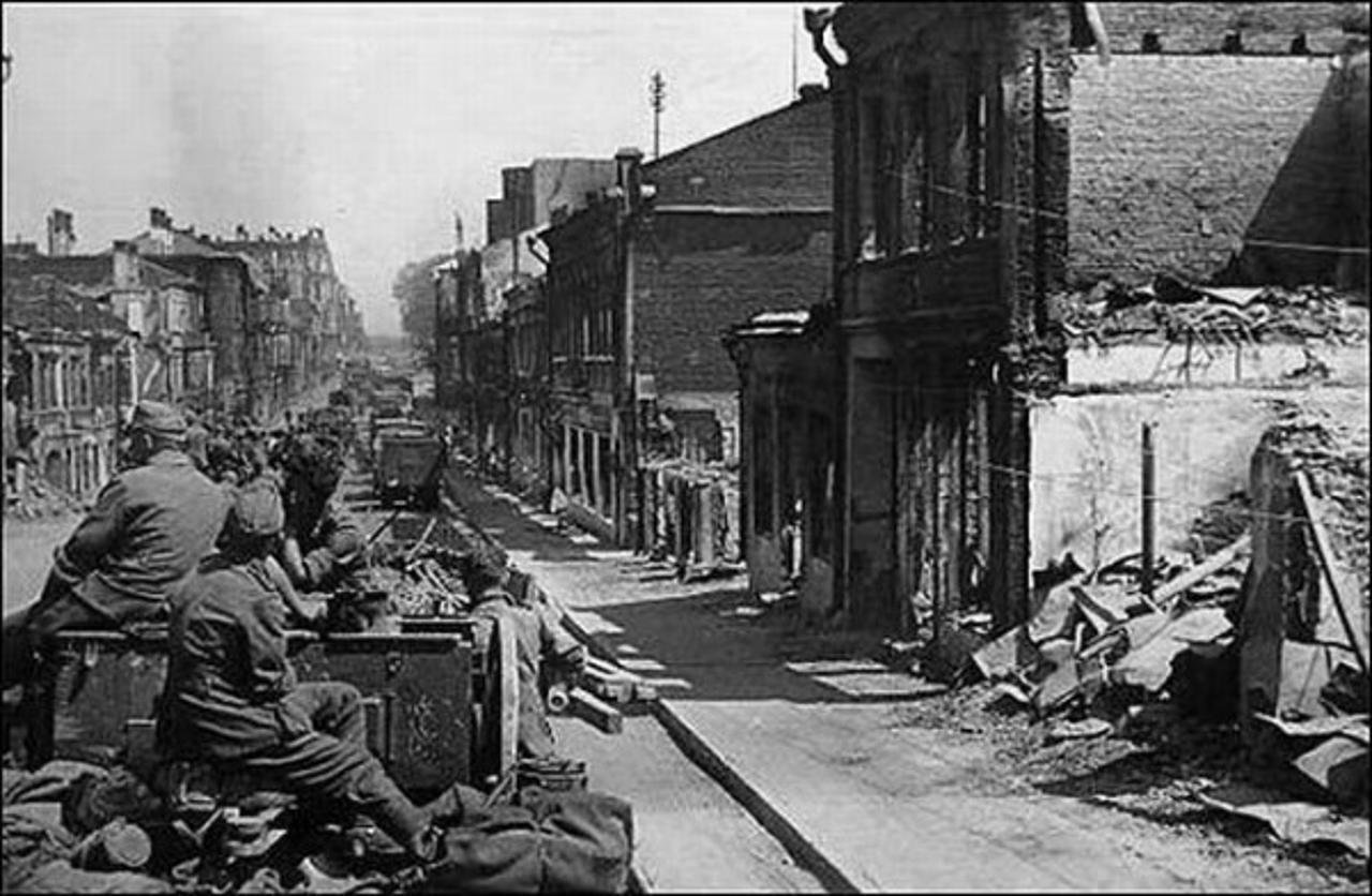 Минск и немецкие войска