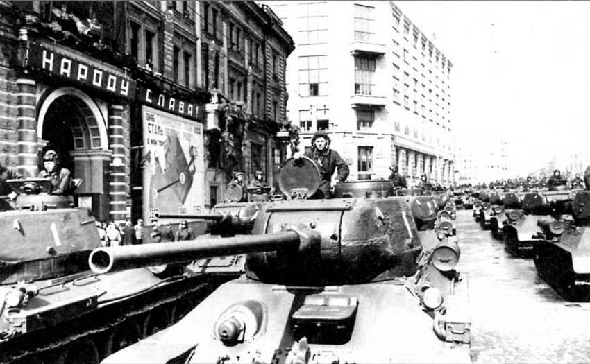 Средний огнеметный танк ОТ-34-85