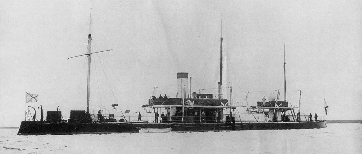 Царская русская двухмоторная броневая лодка Смерч.