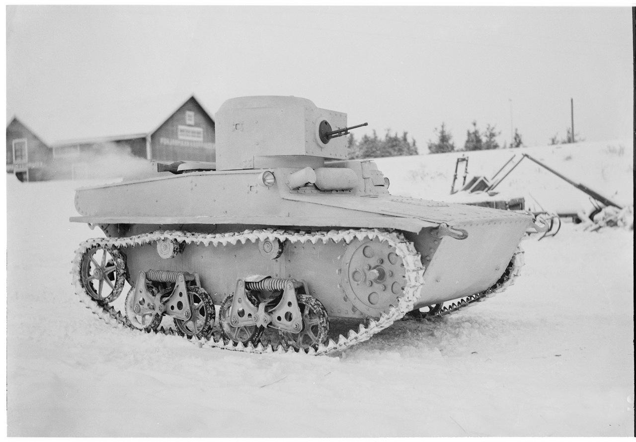 Захваченный Финнами Т-37А
