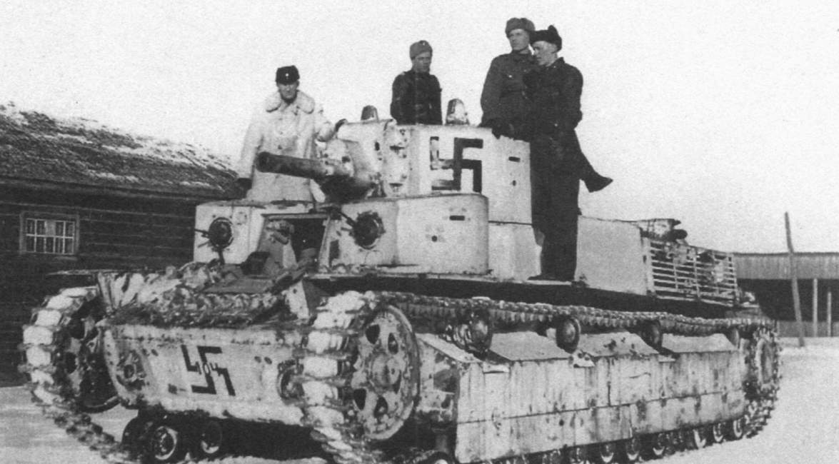 Захваченный Т-28