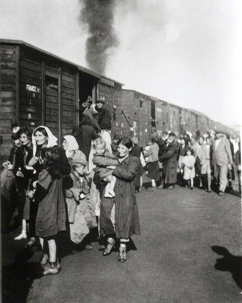 Депортация евреев в лагерь Треблинка из гетто в Седльце, 1942 год
