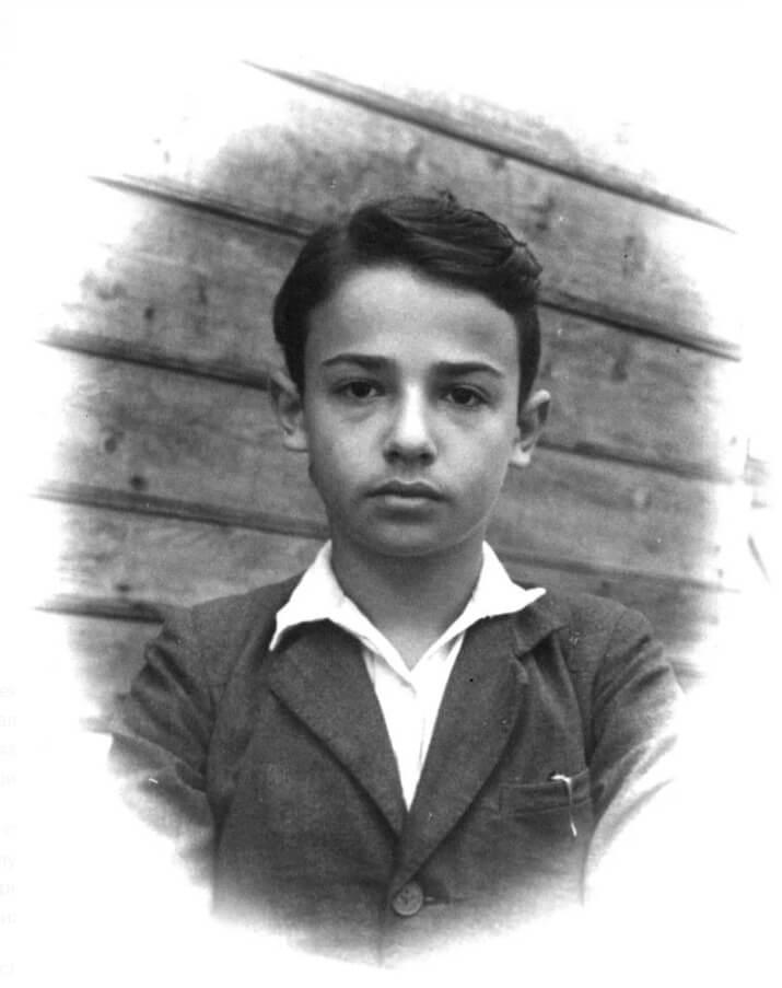 Александр Мень в детстве