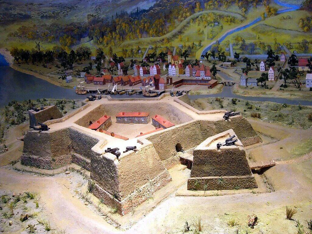 Модель реконструкции Ньеншанца и Ньена, на которой изображена крепость с запада.