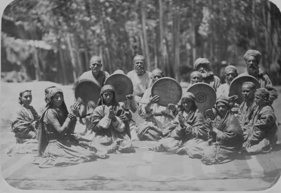 Таджикские ремесленные обряды. Празднество по случаю посвящения