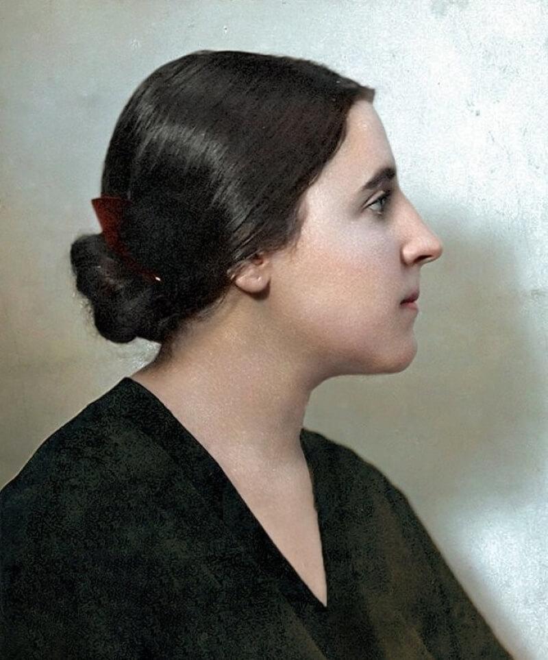 Надежда Аллилуева - вторая жена