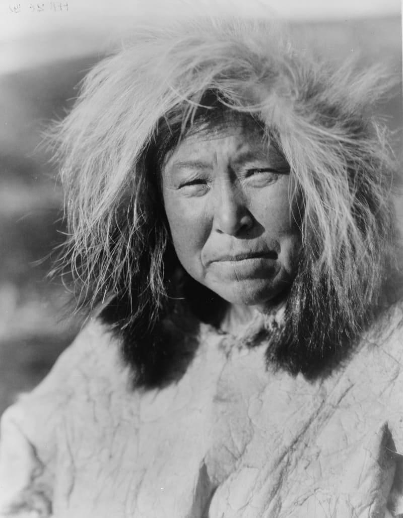 Эскимосская женщина