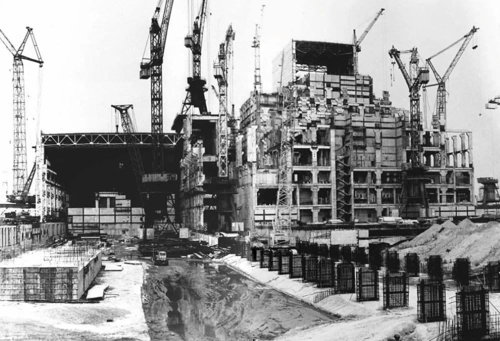 Активная фаза строительства ЧАЭС.