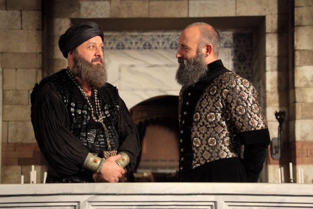 Хайреддин Барбаросса и султан Сулейман (кадр из сериала «Великолепный век»)