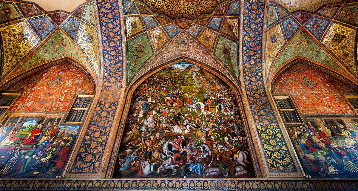 Картина с изображением битвы при Чалдыране в центральном зале для аудиенций дворца Чехель Сотун