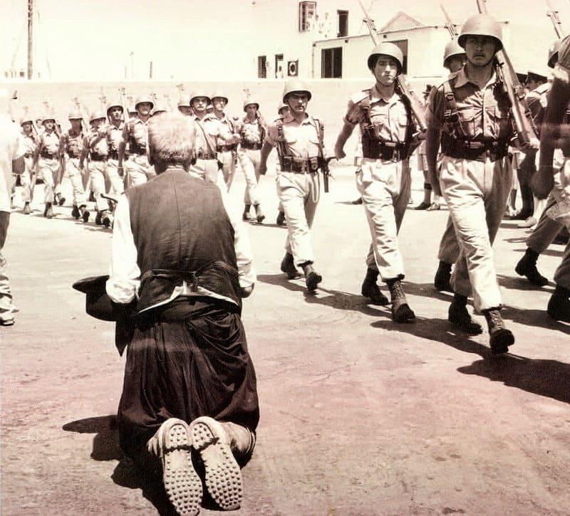 Греческие солдаты ЭЛДИК прибывают на Кипр, 16 августа 1960 года / Τεύχος Περιοδικό Εθνική Φρουρά & Ιστορία