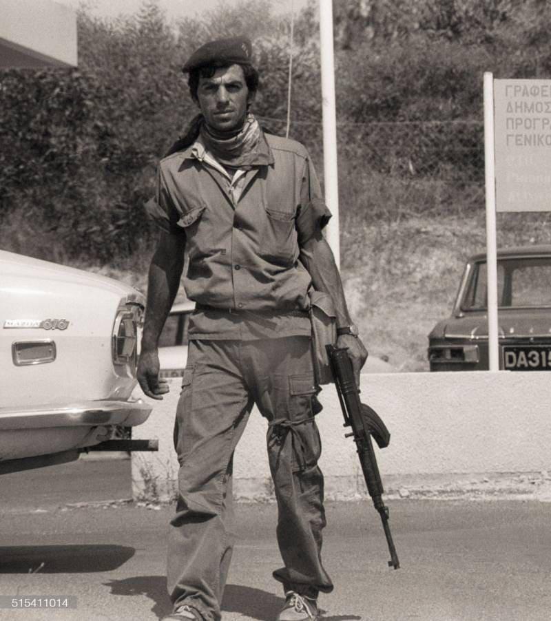 Грек-киприот с АК-47, 18 июля 1974 года