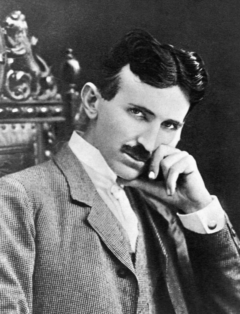 Фотография 40-летнего физика-изобретателя Никола Тесла